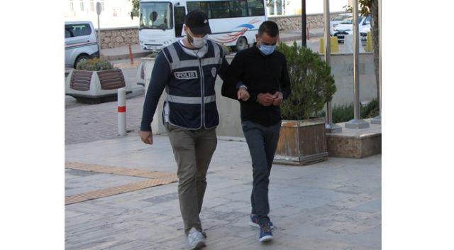 Hırsızlıktan 19 kaydı olan şüpheli, işçilerin parasını çalarken yakalandı