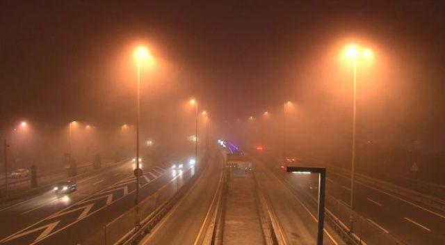 İstanbul'da sis etkisini artırdı