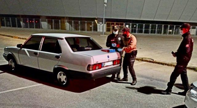 Karantinada olması gerekirken aracıyla drift yaparken yakalandı