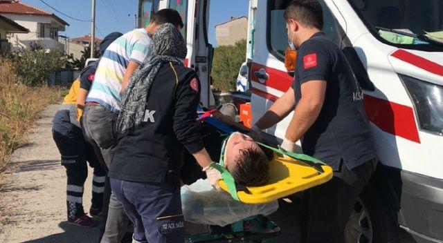 Kaza yapan ehliyetsiz motosiklet sürücüsü sağlık ekiplerine ter döktürdü