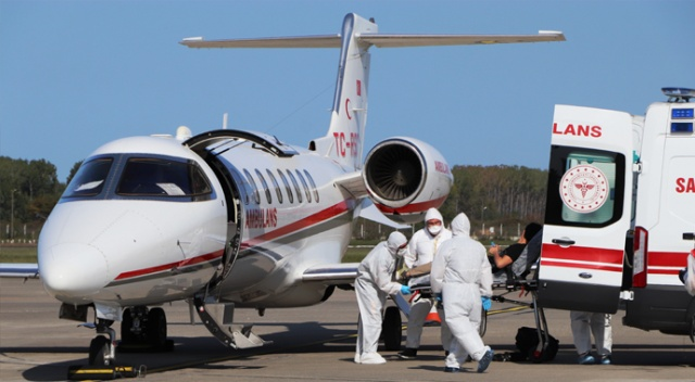 Koronaya yakalanan Afgan doktor ambulans uçakla Samsun'a getirildi