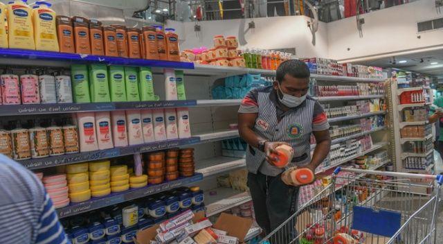 Kuveyt'ten Fransız ürünlerine boykot: Türk ürünlerini alın