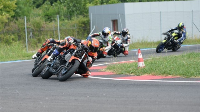 Milli motosikletçiler Portekiz ve İspanya'da piste çıkacak