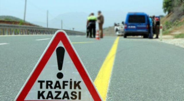 Muğla'da otomobil tıra çarptı: 1 ölü, 3 yaralı