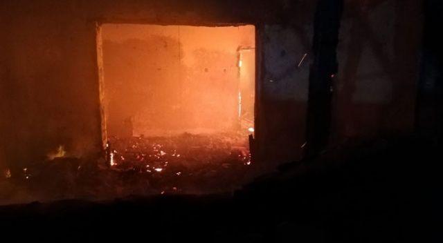 Sivas'ta alevlerin arasında kalan yaşlı kadın hayatını kaybetti