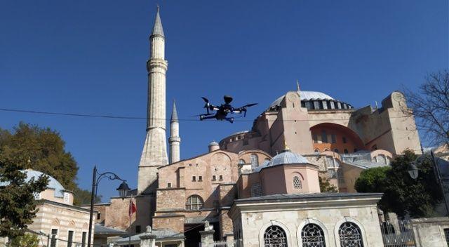 Sultanahmet ve Ayasofya'da drone'lu virüs denetimi