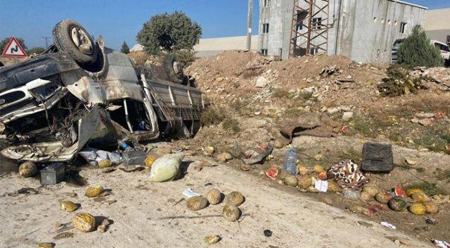 Uşak'ta devrilen kamyonetteki 2 kişi ağır yaralandı
