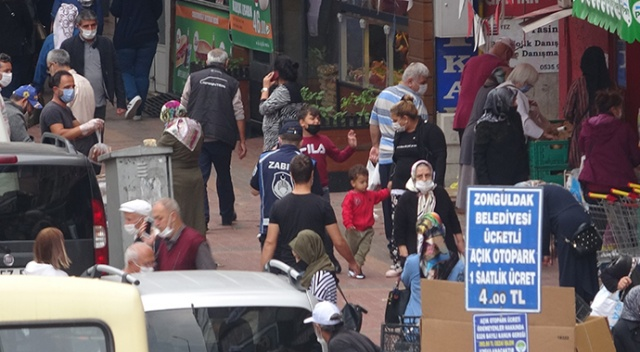 Zonguldak'ta korkutan manzara! Sosyal mesafe hiçe sayıldı