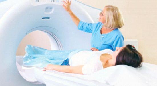 Meme kanserinde erken teşhis için hangi görüntüleme ne zaman yaptırılmalı?