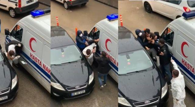 'Ben polisim' dedi, ambulans şoförünü darp etti
