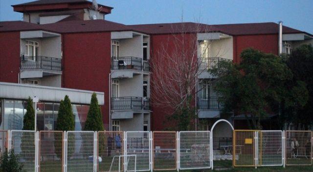 10 futbolcusu Covid-19'a yakalanan Kocaelispor tesislerini kapattı