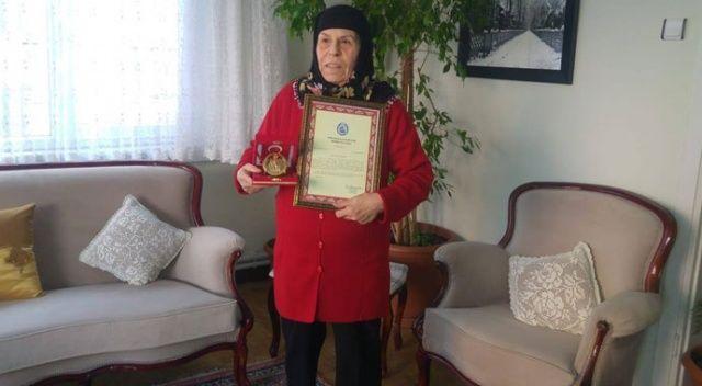 73 yaşındaki kadın ev ve dükkanını Mehmetçik Vakfı'na bağışladı