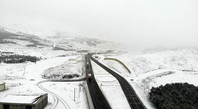 Sıcaklık sıfırın altına düştü, sürücüler zor anlar yaşadı