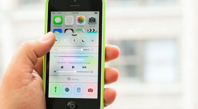 Apple bir iPhone modelinin daha fişini çekti!
