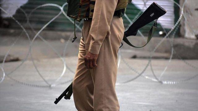 Cammu Keşmir'de güvenlik güçleriyle direnişçiler çatıştı: 2 Hint askeri öldü