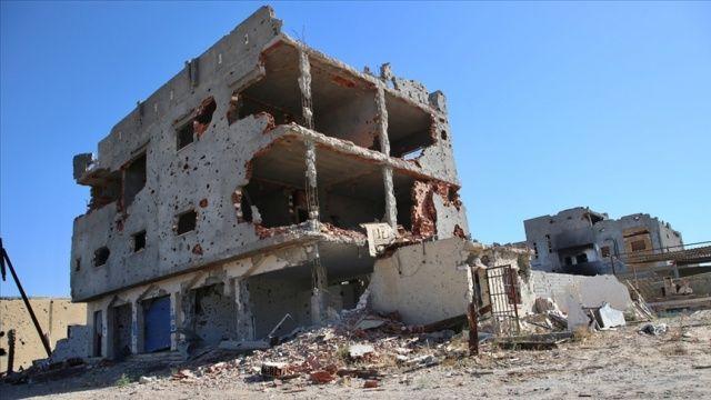 Hafter milisleri Ubari'de sivillere ait evleri yıktı