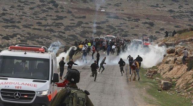İsrail zulmü: Ambulansta gözaltı rezaleti