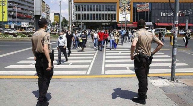 Kocaeli'de Covid-19 tedbirlerine uymayan 371 kişiye para cezası