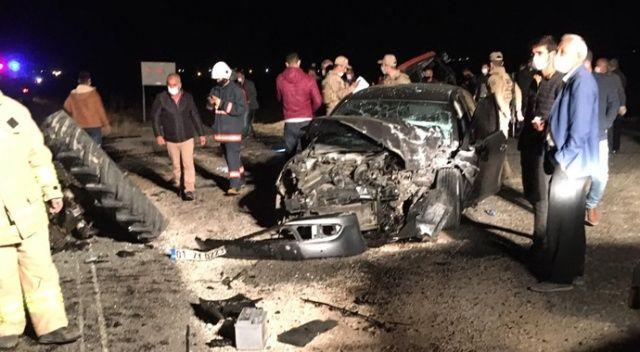 Mardin'de otomobil ile traktör çarpıştı: 2'si ağır 5 yaralı