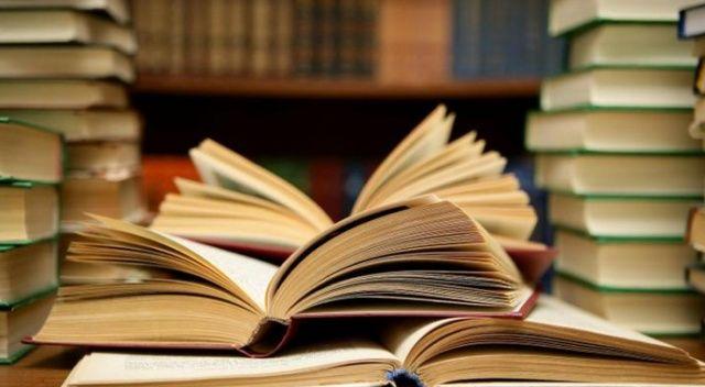 MEB, Öğretmenler Günü'nde 32 bin öğretmene kitap hediye edecek
