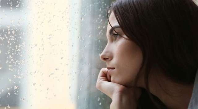 Pandemi ile artan depresyon da ağrılara sebep olabiliyor