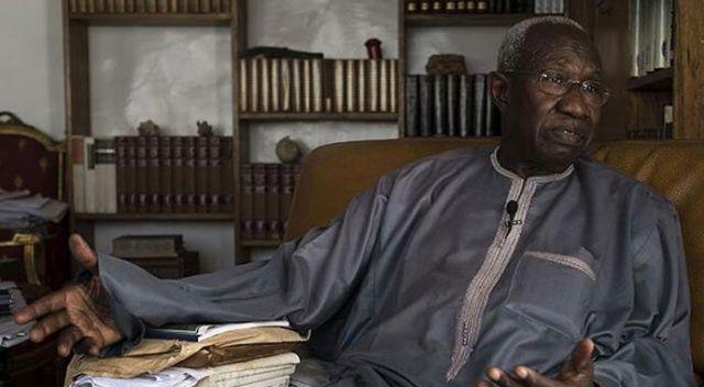 Senegalli tarihçi Iba Der Thiam hayatını kaybetti