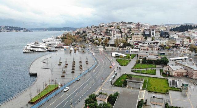 Sessizliğe bürünen Üsküdar ve Kadıköy Meydanı havadan görüntülendi