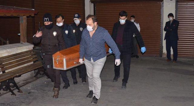 Şüpheli ölüm! Cami önünde cansız bedeni bulundu