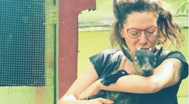 Ünlü şarkıcı Sibel Tüzün, Londra'ya yerleşti
