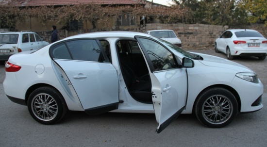 Satın aldığı otomobilin iki araçla birleştirildiğini ekspertiz raporu ile öğrendi