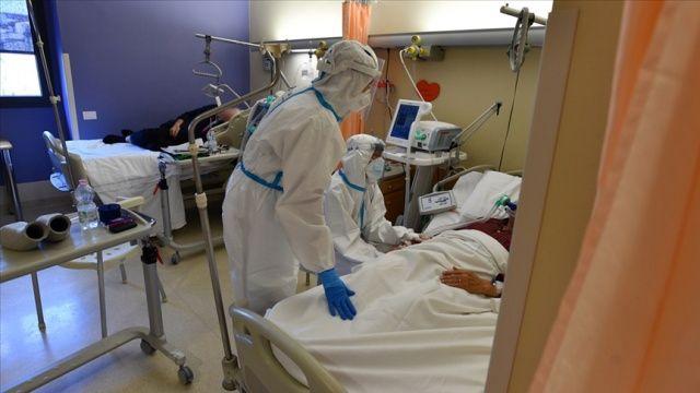 İtalya'da son 24 saatte 814 kişi Kovid-19'dan hayatını kaybetti