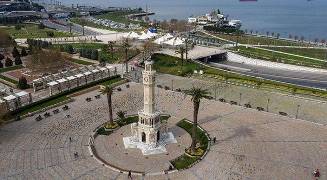İzmir'de mesai saatlerine koronavirüs ayarı