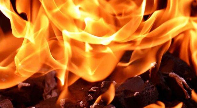 Kayseri'de yanan ev kullanılmaz hale geldi