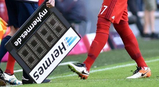 IFAB'dan oyuncu değişikliği kuralına yeni düzenleme