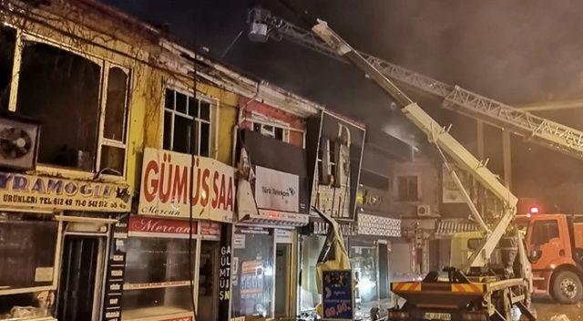 Afyonkarahisar'da çıkan yangında 10 iş yeri zarar gördü