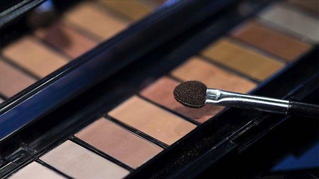 Alman kozmetik şirketi Avrupa'daki 500 mağazasını kapatacak