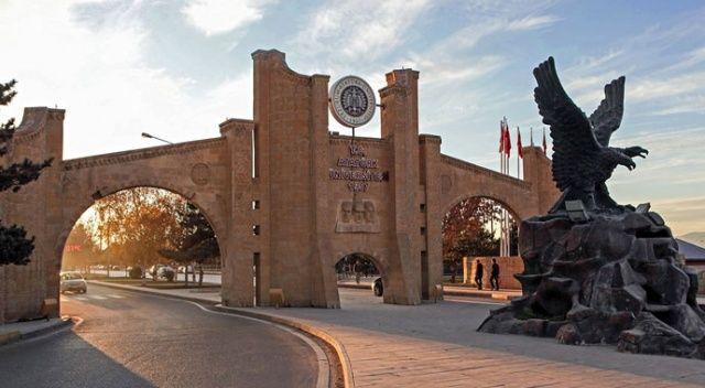 Atatürk Üniversitesi 12 milyon ders oturumuyla ilk dönemi tamamladı