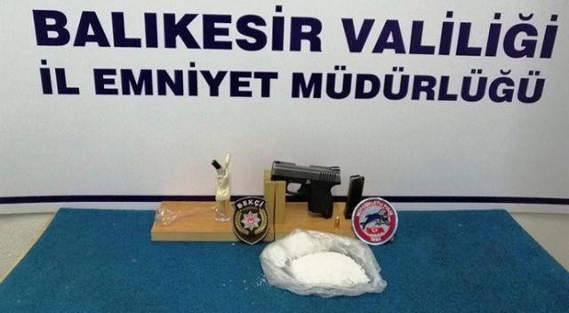 Balıkesir'de uyuşturucu operasyonu, 12 kişi yakalandı
