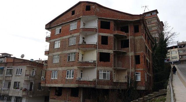 Bina sakinleri endişeli! 3 günde 8 kez yangın çıktı