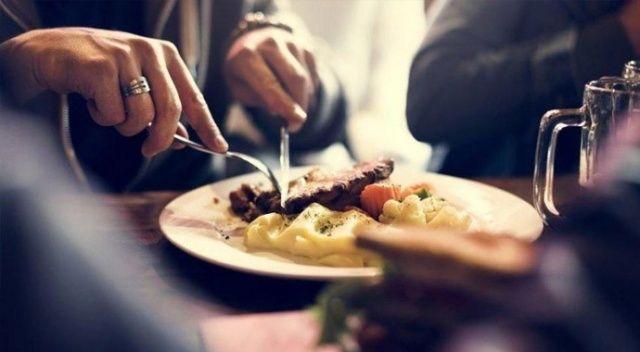 Çalışanların yüzde 57'si dışarıda yemek tüketmek için güven duymuyor