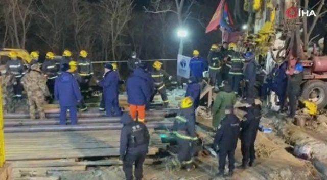 Çin'de altın madenindeki patlamada 22 madenci mahsur kaldı