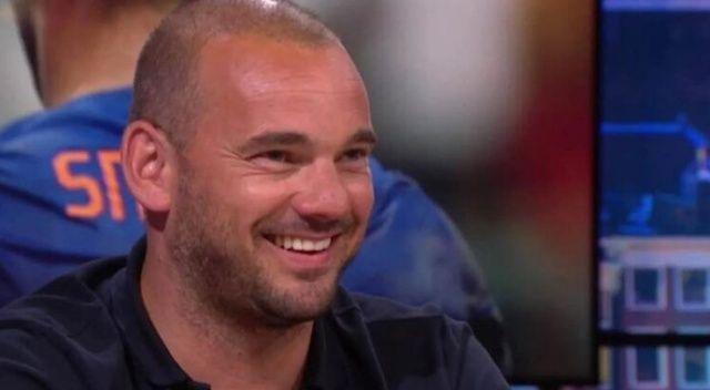 Galatasaray'ın eski futbolcusu Wesley Sneijder'den futbola dönüş kararı!