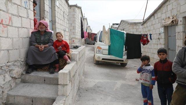 İdlibliler, AB Komisyonu Başkanı Ursula von der Leyen'i yaşadıkları briket evleri görmeye çağırdı