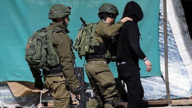 İsrail güçleri Batı Şeria'da 17 Filistinliyi gözaltına aldı
