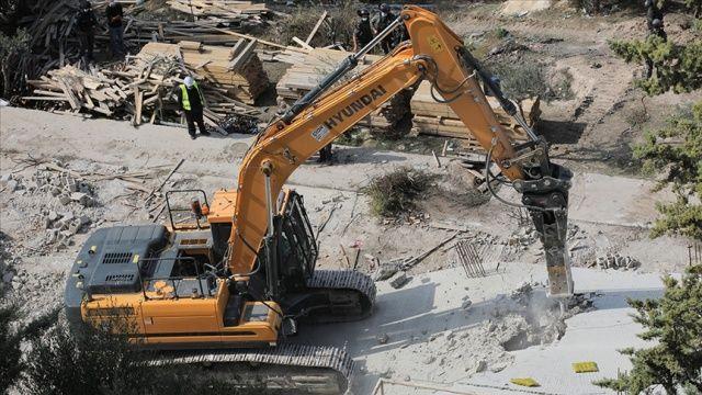 İsrail güçleri, Batı Şeria'da yapım aşamasındaki bir camiyi yıktı