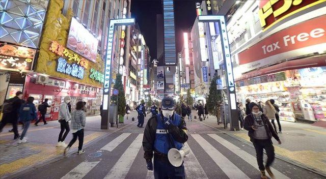 Japonya'da kabine Kovid-19 tedbirlerine uymayanlara para ve hapis cezası öngören tasarıyı onayladı