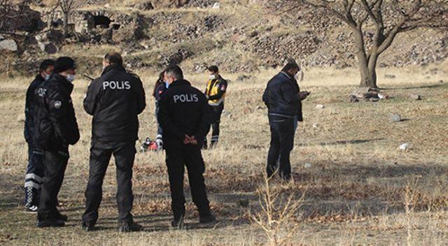 Kayseri'de dağlık alanda ağaca asılı cansız bir beden bulundu