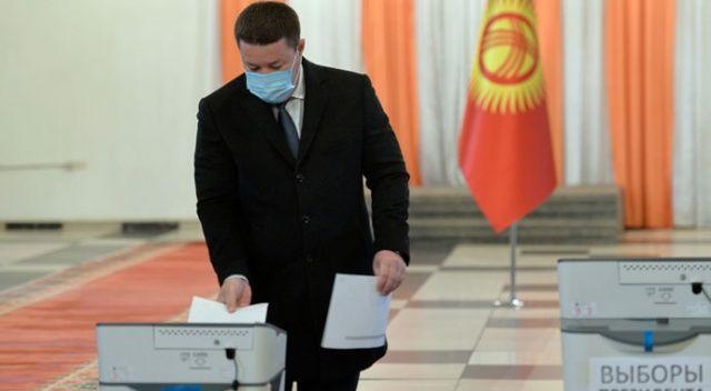 Kırgızistan, cumhurbaşkanını seçmek için sandığa gitti