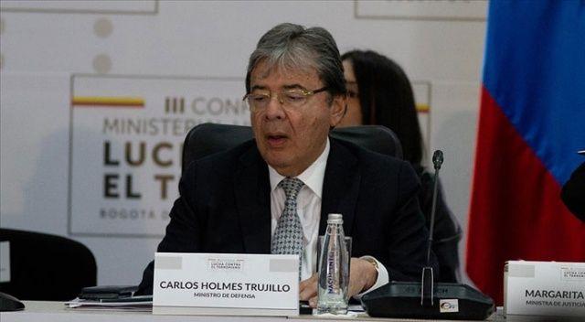 Kolombiya Savunma Bakanı Trujillo Covid-19 nedeniyle hayatını kaybetti