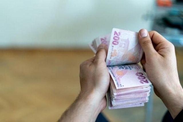 Mersin'de kahvehanede kumar oynayan 40 kişiye 126 bin lira ceza